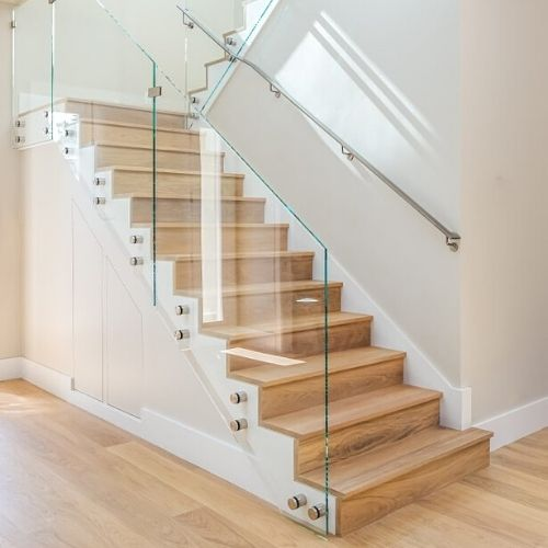 DKR Joinery manufactures a wide range of bespoke handmade staircases using mainly oak, pine and hemlock, however we are happy to use any timber products of your choice. | DKR Joinery Bespoke Staircase