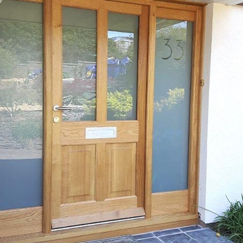 dkr-door-wood
